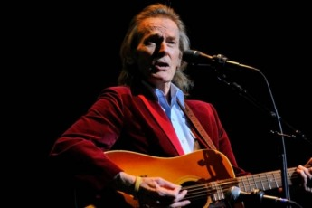 GordonLightfoot-230
