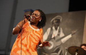 Sharon Jones hits the stage at Jazz Fest with her Dap Kings