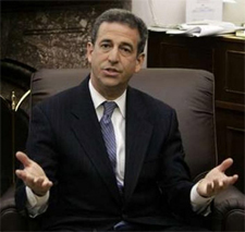Sen. Russ Feingold wants your cool tunes