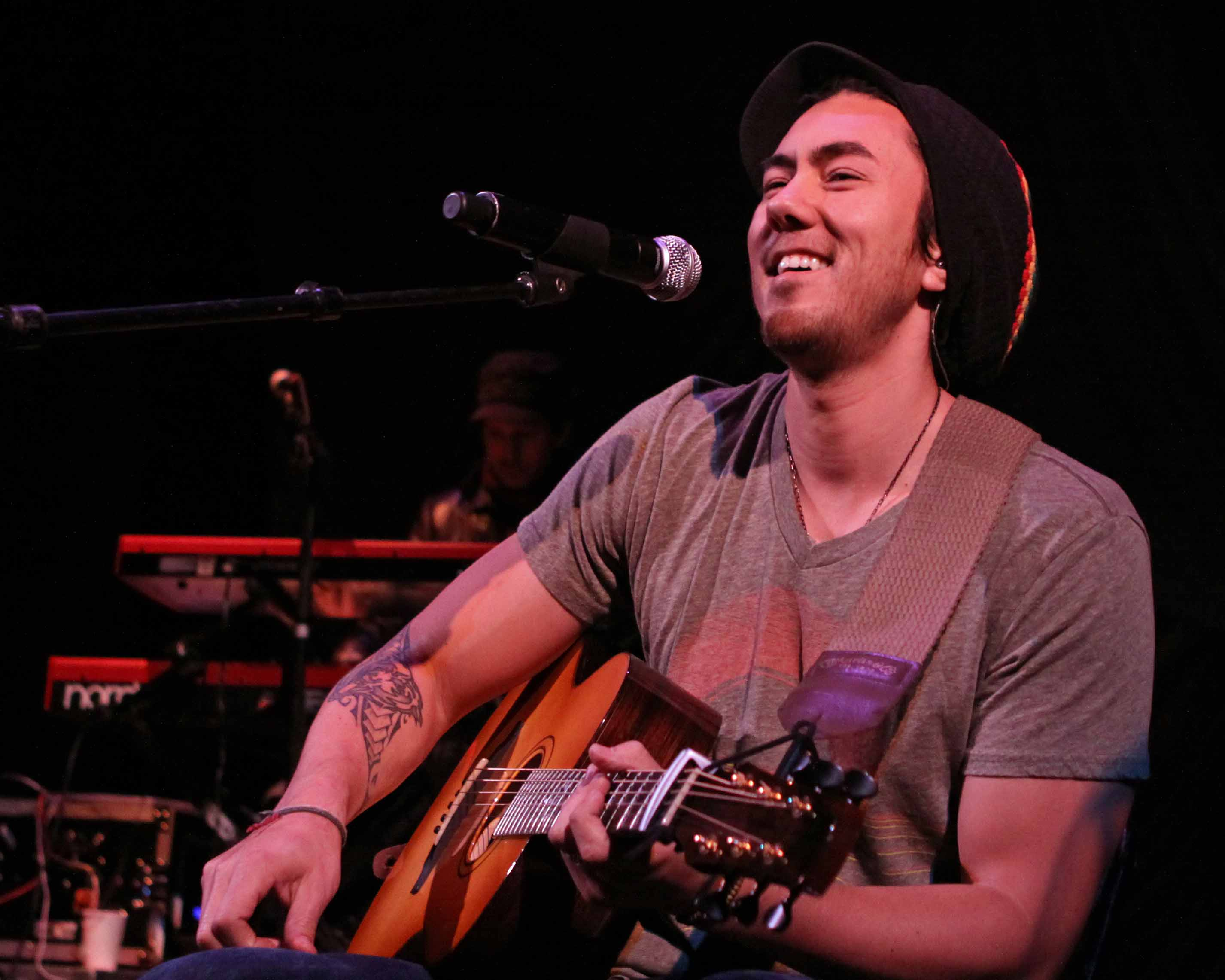 Colbie caillat justin young live concert photos colbie caillat true