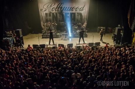 crowd-4